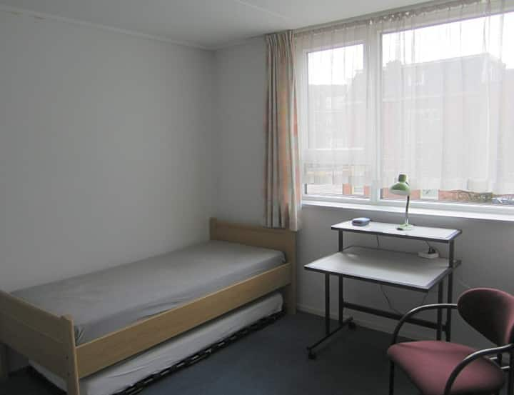 Room near city centre