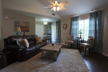 Fresh and Cozy - North Charleston - Condominium