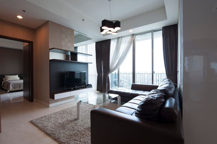 Relax in the living room and enjoy your favourite Cable channel