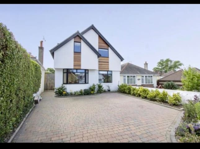 Stunning Seaside Home - Sandbanks, Poole, Dorset