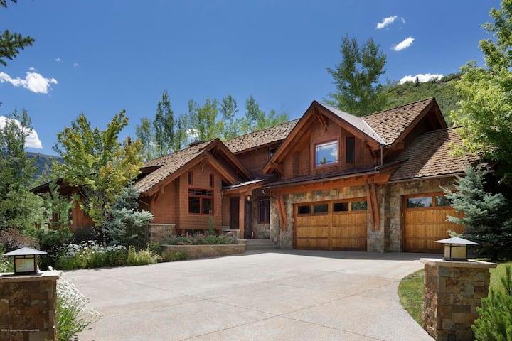 Lux Snowmass House-Free Ski Shuttle -Dream Kitchen