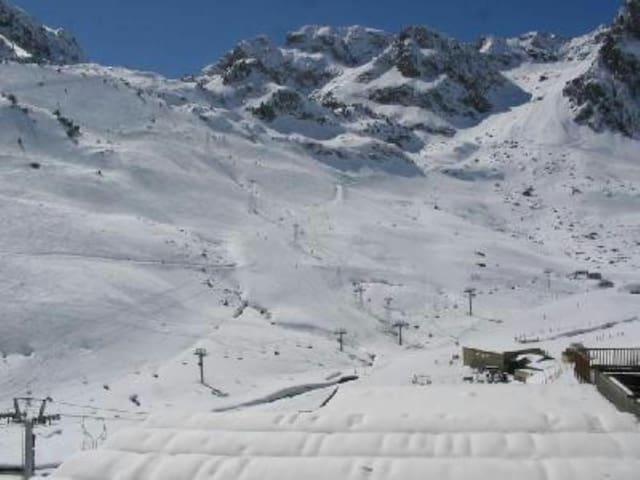 Studio 4 personnes maximum au pied des pistes - Bagnères-de-Bigorre - Leilighet