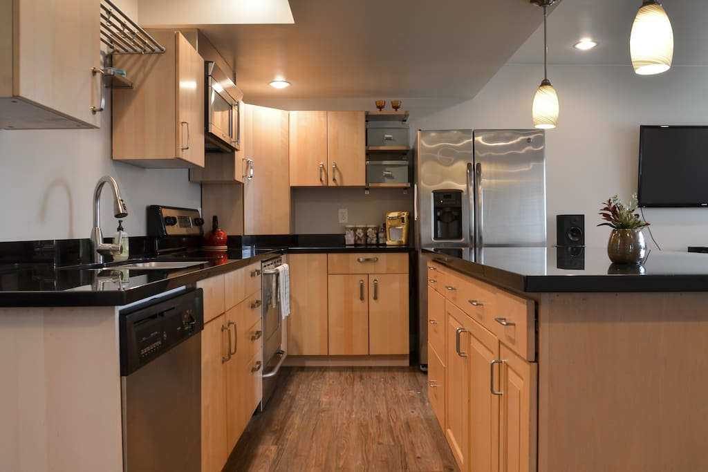 contemporary 2 bedroom apartment apartments for rent in seattle