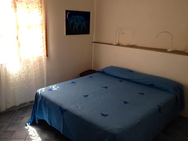 camera letto matrimoniale n 1