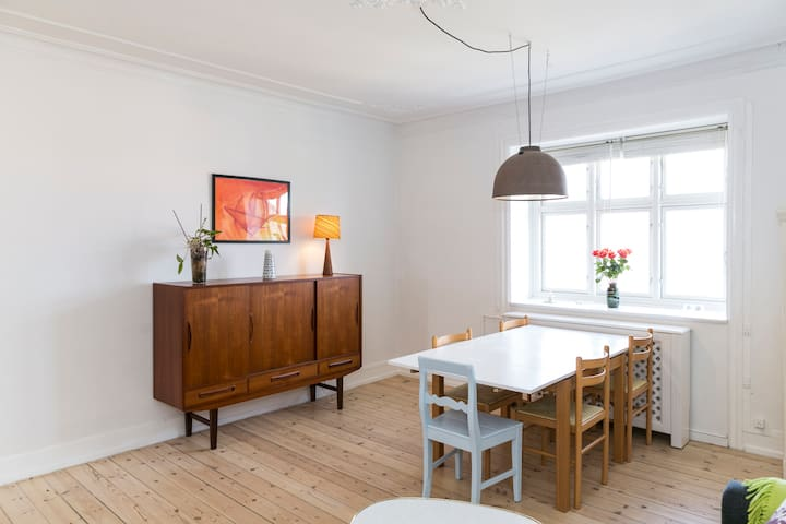 Lovely apartment with amazing View - Frederiksberg - Leilighet