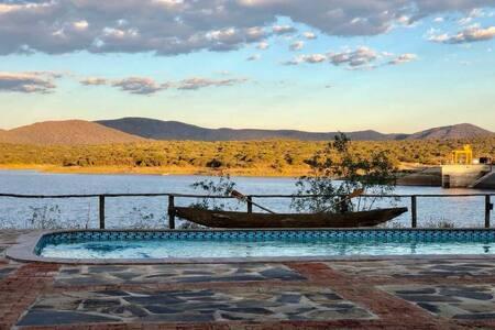 Von Bach Dam Resort