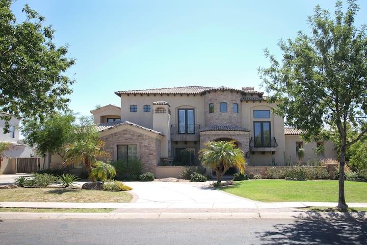Spacious Resort Style Home: Mesa, AZ--6700 SF!