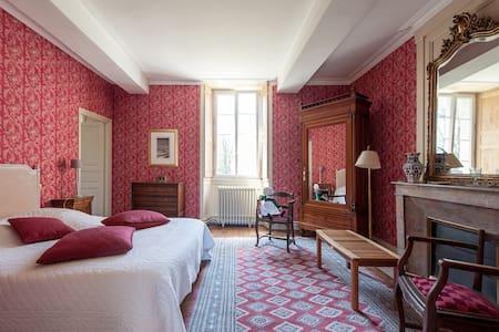 Appartement de Dédith 7 km mer - Castle