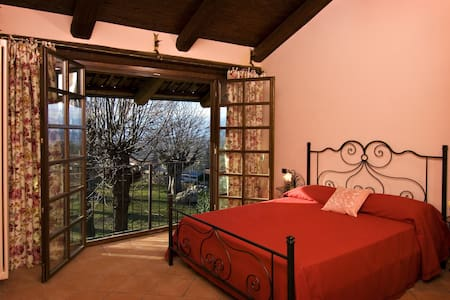 Castello di Moncrivello - Bed & Breakfast