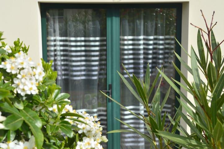 Sympathique petit gîte rénové - Landaul - Haus