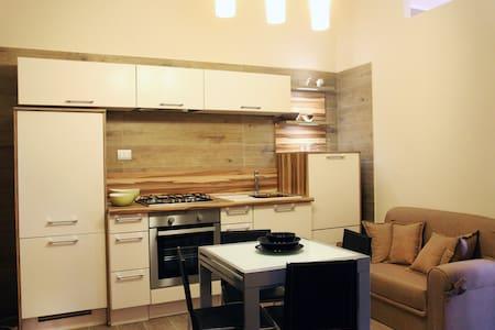 Appartamento sulla Piazza Centrale - Zapponeta - Byt