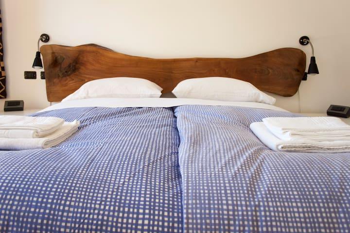 "Room ""3"" Castel Gandolfo/Ciampino - มาริโน - วิลล่า"