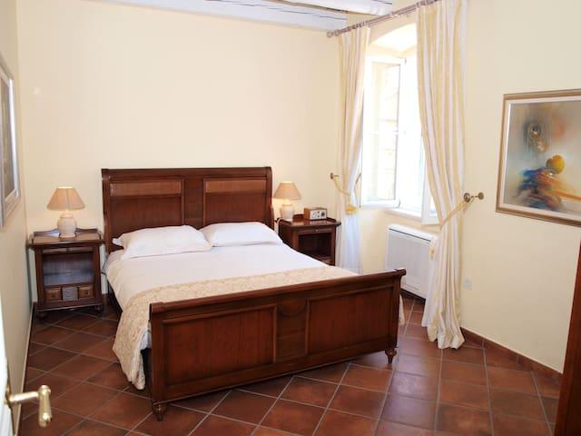 Secret | Elegant 2-BR with Amazing Views Old Town - Dubrovnik - Apartment