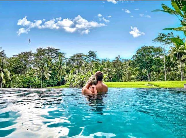 ❣️Romantic Staycation-PrivateSunset Pool@megananda