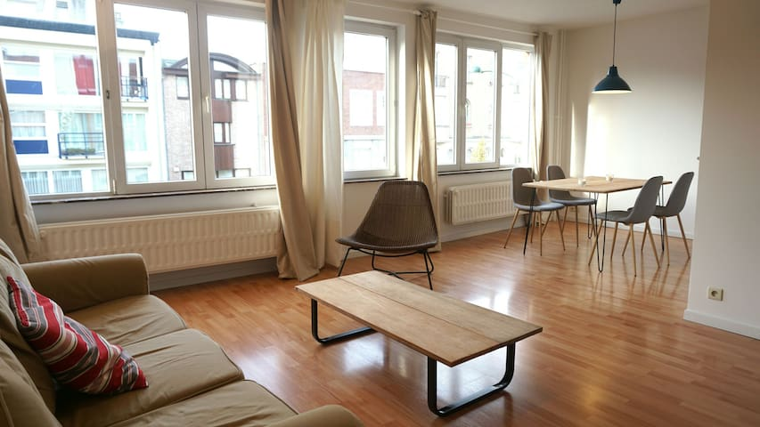 Bright & Cosy Apartment in Brussels - Woluwe-Saint-Pierre - Lägenhet