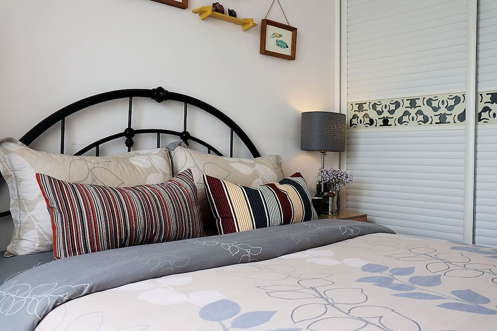 guestroom - the bed