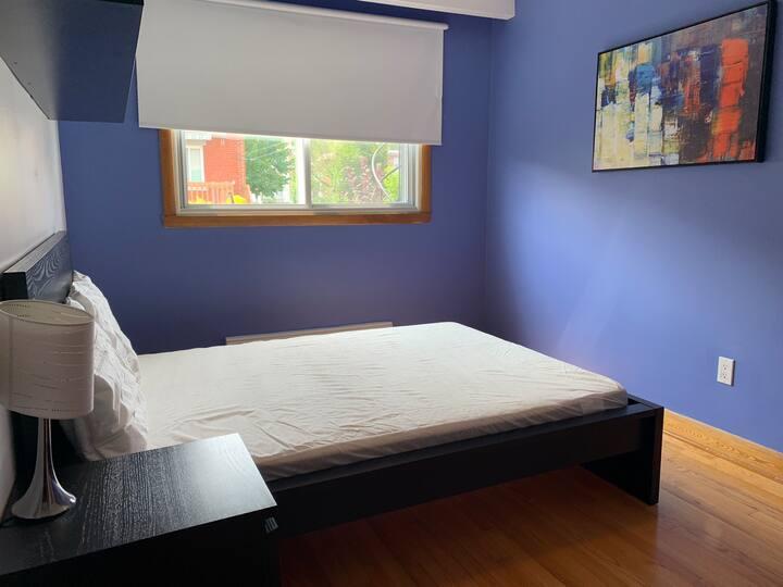 Chambre privée , la bleue colocation