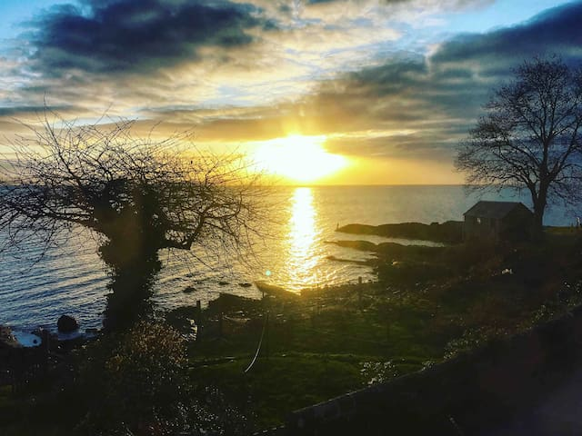Cottage with stunning sea views, Corrie, Arran