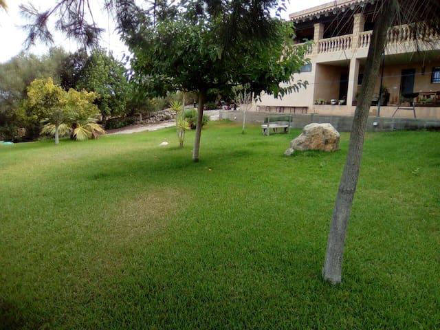 Apartamento en casa rural /piscina/ - manacor - Rumah