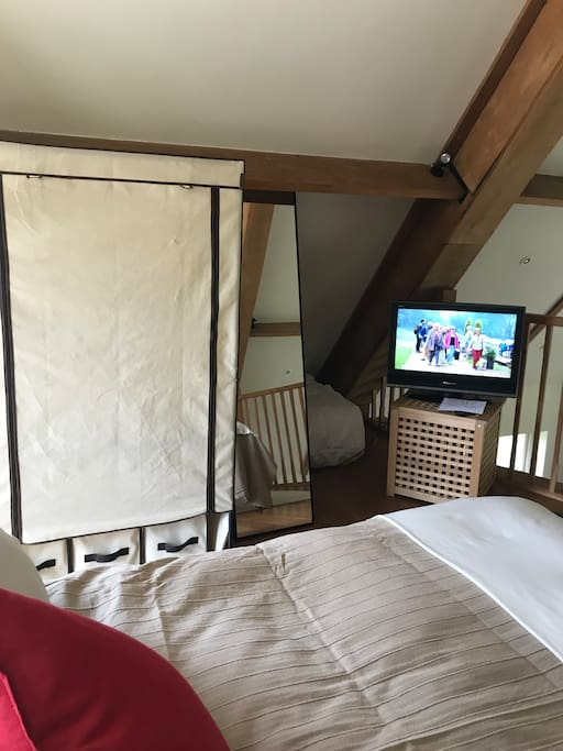 wardrobe, full length mirror, TV extra truckle bed for child aged 7+
