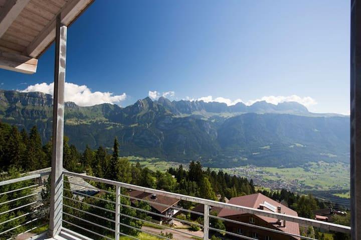 3.5 Zi. Wohnung mit Ausblick im Ski- Wandergebiet