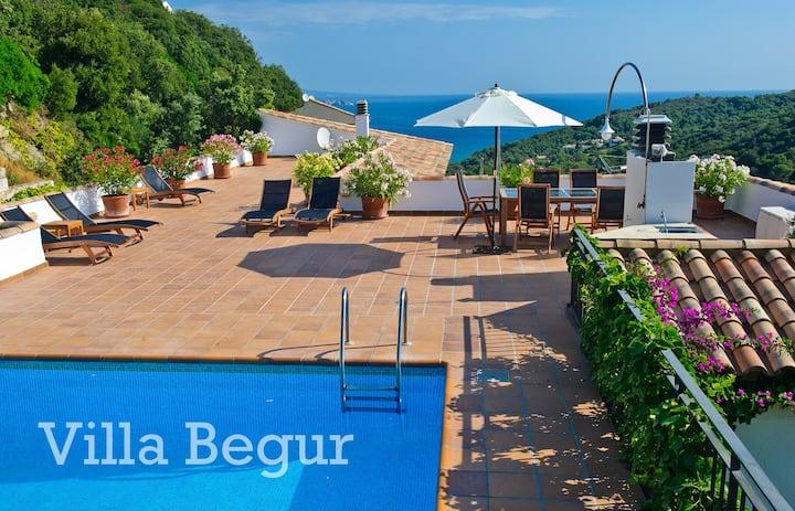Villa Begur, 6 bedrooms, own pool, amazing views