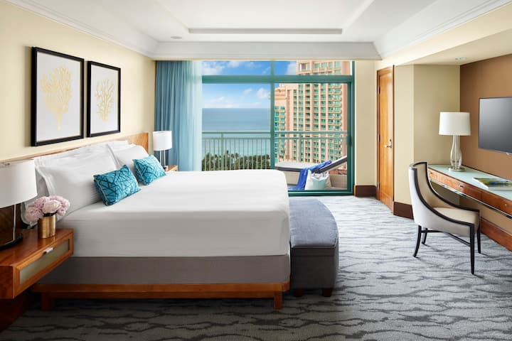 The Reef at Atlantis -Two Bedroom Ocean View Suite