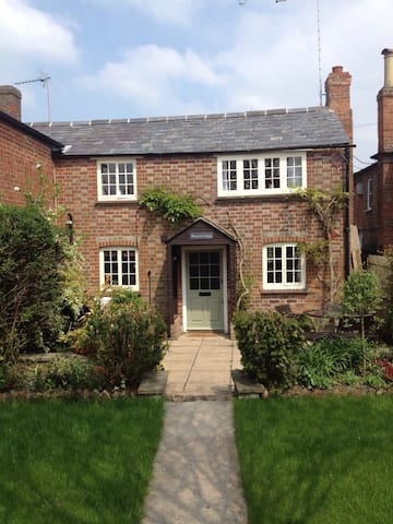Character Cottage nr the Chilterns, Henley&Oxford - Watlington