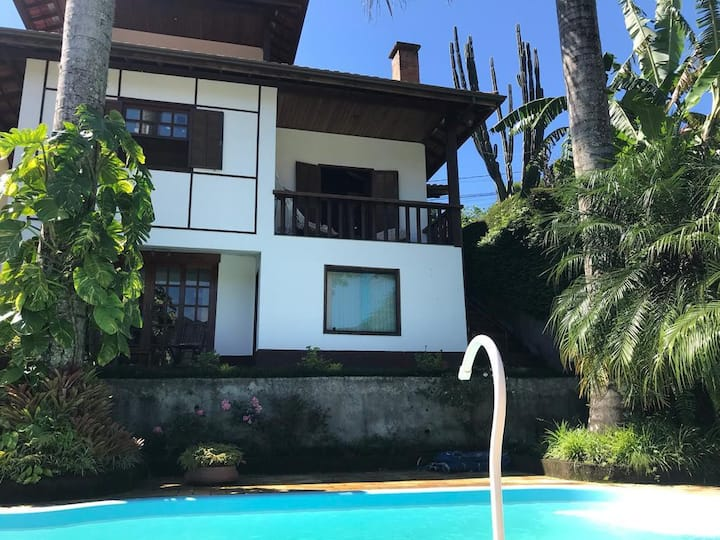 Casa com piscina Natureza Cascatinha Nova Friburgo
