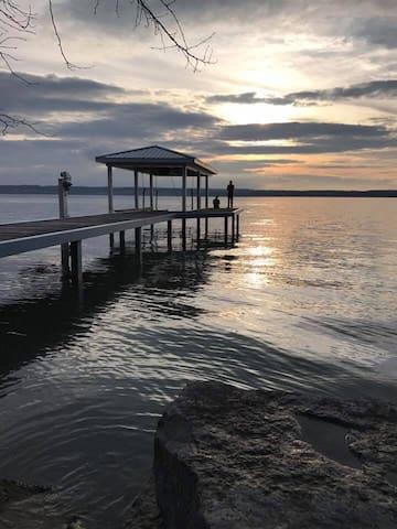 Seneca Lake Retreat with Lake Access