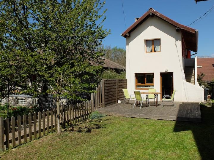 Petite maison St Jorioz - lac d'Annecy