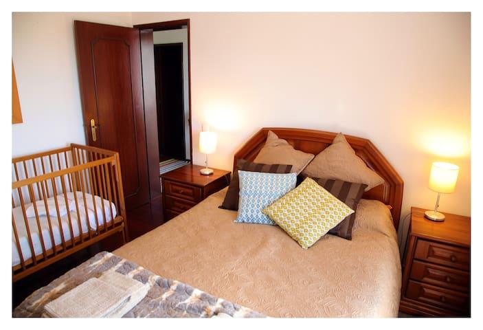 Main  room (with a crib)