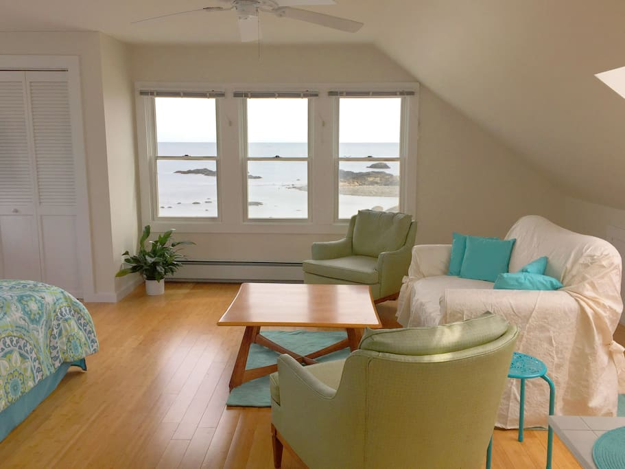 A private third floor suite, with views of the ocean that will take your breathe away!