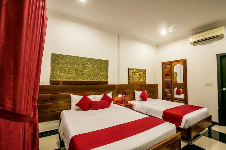 Triple Rm 1Big1Small Bed & Breakfast, Free Pick-Up