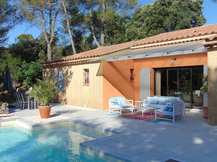 Villa 150 m2 avec piscine chauffée
