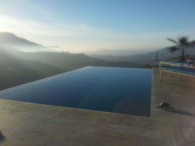 Infinity Pool Hacienda ThinkerhsINN1 Fast Internet - Cómpeta - アパート