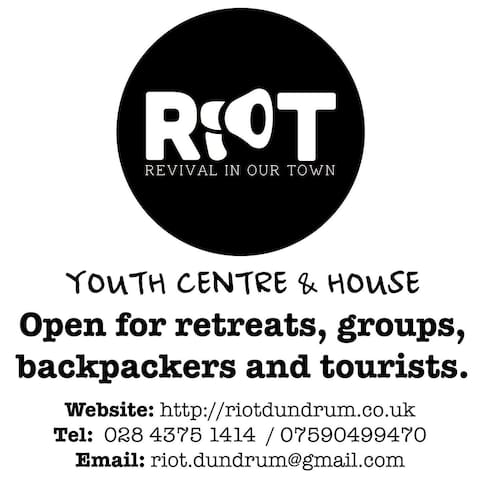 RIOT House Youth Hostel - Dundrum, Newcastle - Hus
