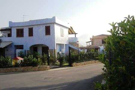 Mareluna Village - villa sulla costa siciliana - Campofelice di Roccella