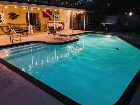 3 bedrooms, 2 baths w pool near Anna Maria Island