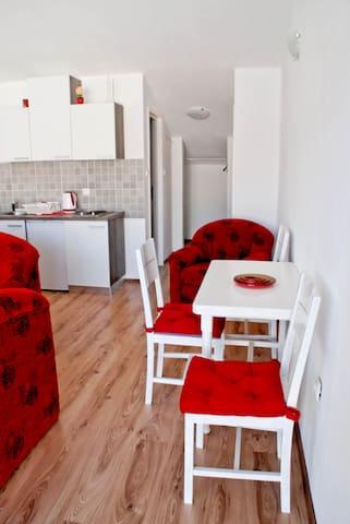 Apartman Jelena - Novi Vinodolski - Vierassviitti