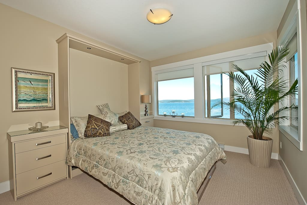 Master bedroom. Ocean breezes will lull you to sleep.