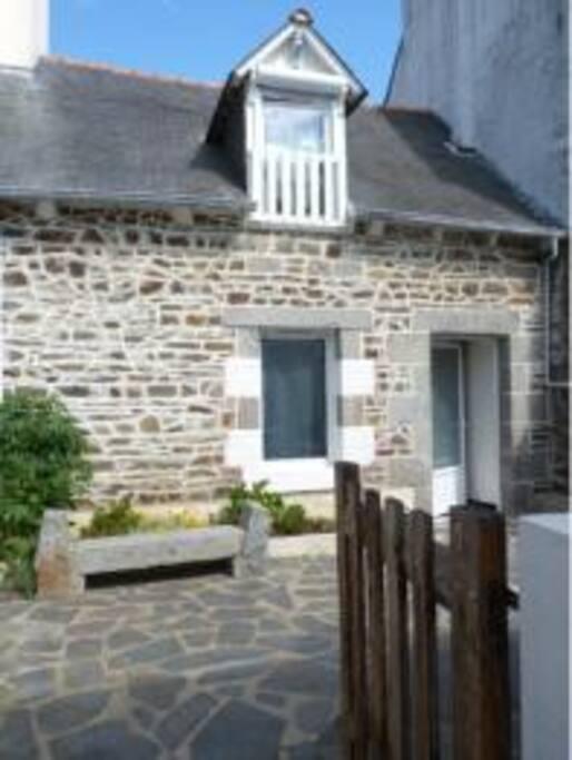 Maison tout confort au calme 500m mer houses for rent for Au maison oilcloth uk