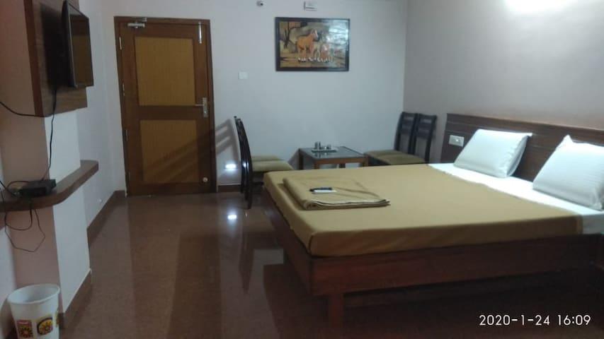 Ratna Sangam Residency Double Non Ac Yaragatti