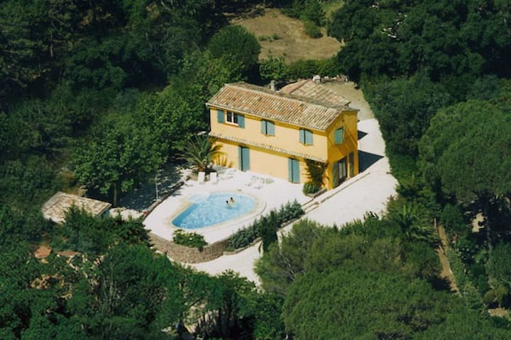 Luxury villa St.Tropez at St.Maxime