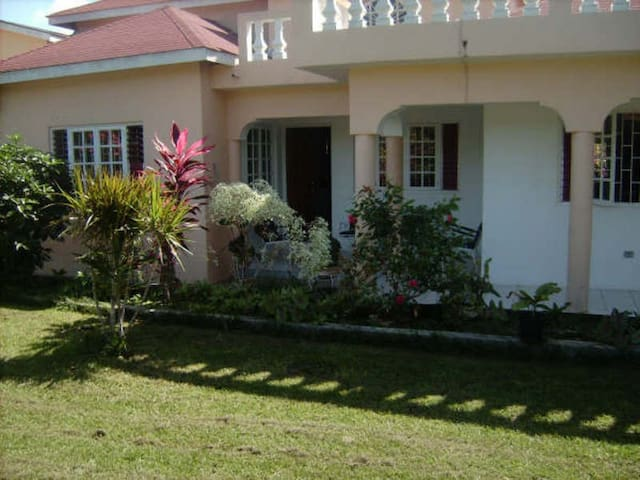 Jamaica White Sand Villa - Duncans - House