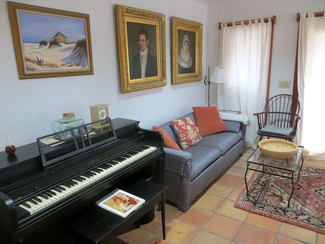 Guest Bedroom - Waterbury Center - House