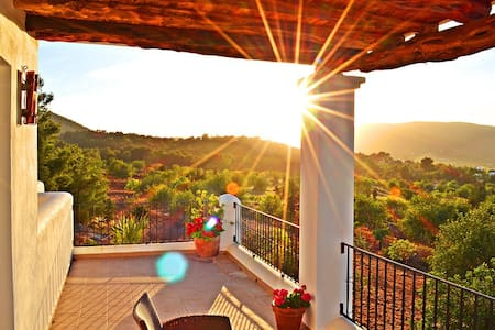 Ibiza Villa de Rox - Home of Relax - 滨河圣埃乌拉利亚 - 别墅