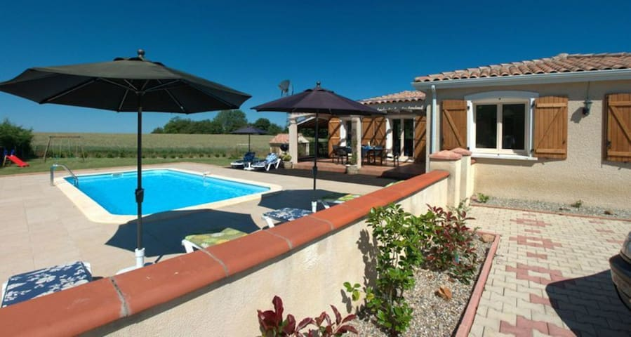 Lovely 3-Bed Villa in Les Cammazes.