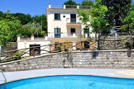 Villa Gold in Massa Lubrense - Sant'Agata sui Due Golfi - Villa