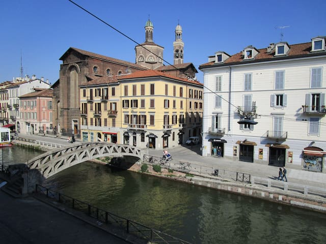 LUXURY NAVIGLI HOUSE - Milan Centre